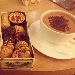 hot chocolate and Cookies in Herakleion, Crete
