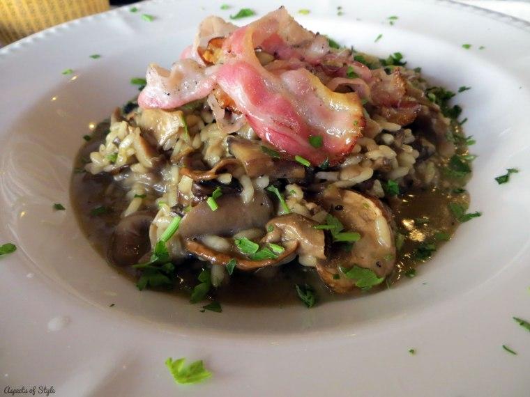 mushroom risotto in Pepe Nero Trattoria Herakleion