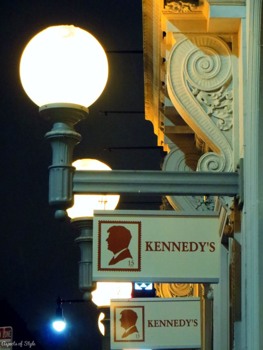 Kennedy's On the Square, Harvard Square